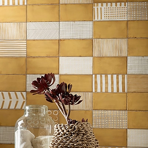 AMBER MATTE PORCELAIN WALL DECO (WIS12217)