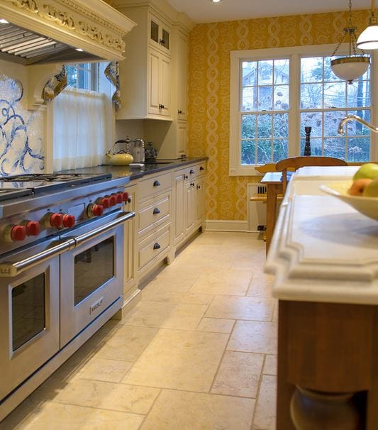The Warm Kitchen : Trends In Tile And Stone