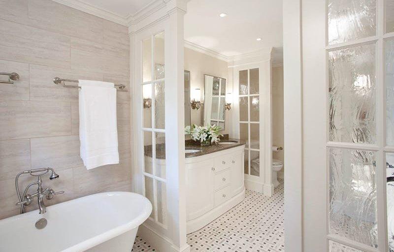 earthy bathroom tiles